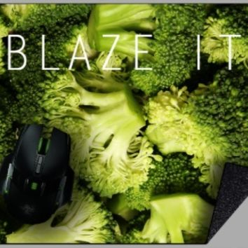 [10] BLAZE IT Broccoli Mousepad