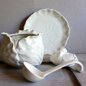 SALE vintage METLOX POPPYTRAIL cabbage soup tureen white california