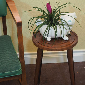 Danish Modern Wooden Plant Stand or Small End Table Side Table / Peg Legs and Geometric Concentric Circle Design
