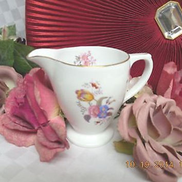 Copeland Spode Bone white  China Dinnerware # Y692682 Creamer and sugar