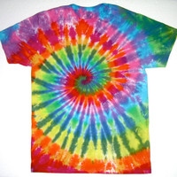 Tie Dye T-shirt/ Adult Medium/ High Contrast Rainbow Spiral