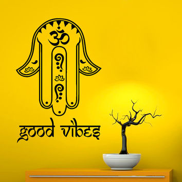 Fatima Hand Wall Decals Hamsa Indian Amulet Om Oum Sign Floral Design Good Vibes Yoga Gym Home Vinyl Decal Sticker Interior Room Decor kk818