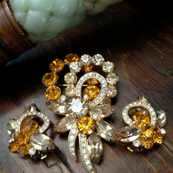 Fabulous Vintage Eisenberg Ice Brooch and Earring Demi