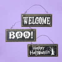 12 Halloween Signs - Distressed Plaques With Greetings