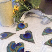 35 Peacock Feather Heart Wedding Favors Decor by CherubinoCrafts