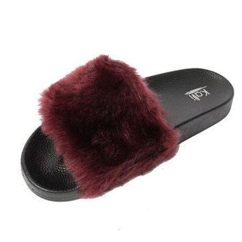 Kali Footwear Women's Flip Flop Faux Fur Soft Slide Flat Slipper Limit