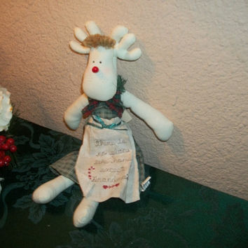 Reindeer Doll Christmas Decoration No Place Like Grandma's House Embroidered Apron Mechanical Music Box Plays Home For the Holidays