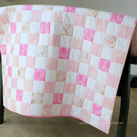 Baby quilt - Baby Quilt for a girl - Pink and white baby quilt