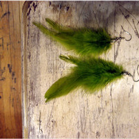 In the Green Green Forest Feather Earrings by sodalex on Etsy