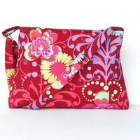 Large Crossbody Bag / Purse / Shoulder Bag / Zipper Closure / Amy Butler Love Paradise Garden Wine / Ready to Ship