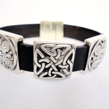 Brown leather Bracelet for men, silver plated celtic knot