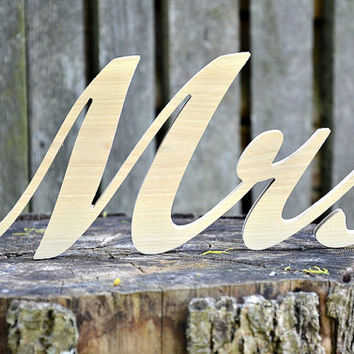 Mr and Mrs Wooden Wedding Sign, Mr, Mrs Free Standing Wood Words and Letters for Wedding Decors and Photo Props, Wedding Wood Name