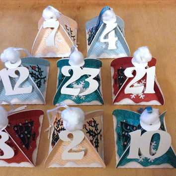 DIY advent calendar, printable templates, pyramid gift boxes 4 colors, just print, cut and fill them for your december christmas countdown