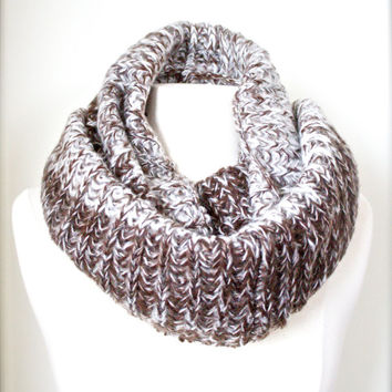 Knitted Infinity Scarf Multi-Color Mocha Yarn Chunky Soft Neck Warmer Warm Scarf for Winter Knit Women Accessories Scarves, Fashion Gifts