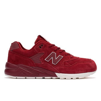 580 (Deep Red/White)
