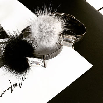 2017 Cute punk black & gray bangle Lady Faux Fur Ball Feather Stud alluring woman Bracelet for Women Round Jewelry for gifts