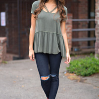 Get Close Front Strap Ruffle Hem Sleeveless Top (Olive)