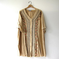 Vintage oversized India shirt. Embroidered button up shirt. Women's tunic dress. Boho Ethnic Hippie Top.