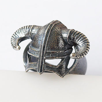 Dragon born ring, Dragonborn ring, Dovahkiin ring, Dovahkiin jewelry, Dovahkiin helmet, Dragonborn jewelry, Viking ing, Viking helmet
