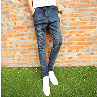 Vintage Men's Skinny Fit Blue Denim Jeans with String-Belt