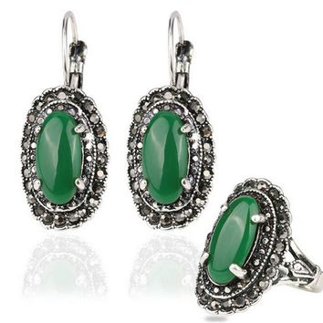 Gifts Hot Sale Emerald Water Drop Jewelry Set  Mosaic Carved Egg Shape Resin Green Stone Vintage Statement Ring Earrings Set