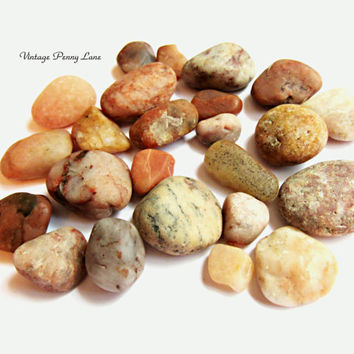 Lot Small Peach / Pink Beach Pebbles, Rocks, Stones, Lake Ontario