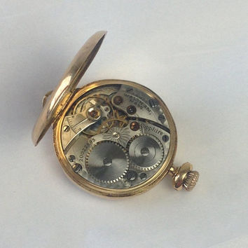 Working Waltham 14K Gold Ladies Pocket Watch 1915, Gold Face, ROY Case, Antique Pendant Watch