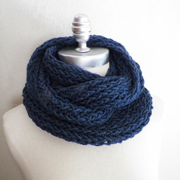 Navy Blue, Knit Infinity Scarf, Dark Blue, Loop Scarf, Mobius Circle Scarf, Fall Essential