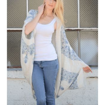 White & Navy Blue Long Medallion Print Kimono