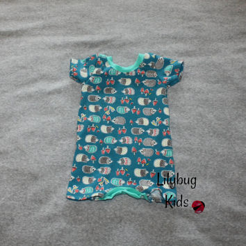 Hedgehog Rompaloones 6 month romper, 100% organic cotton with short sleeve and shorts, teal bum and neck band, ready to ship