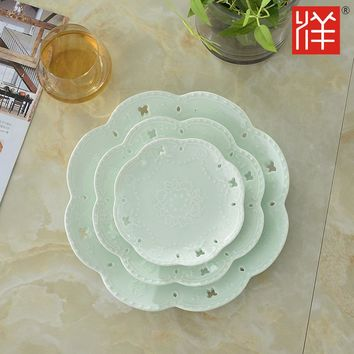 A 8inch European Style Embossed Ceramic Dessert Plate Fruit Dessert Plate The Modern Home Furnishing Crafts Furniture X510-3