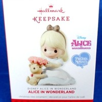 2013 Alice In Wonderland Disney Hallmark Retired Ornament