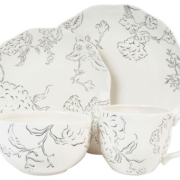 4-Pc Hydrangea Dinnerware Set, Bl/Wh, Place Settings