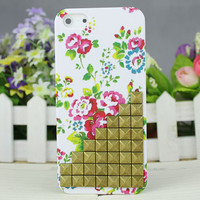 Bronze Stud Rose White Hard Case Cover for Apple iPhone 5 Case iPhone 5 Cover iPhone 5 Case iPhone 5g