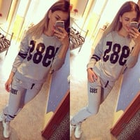 "Women Multi-color ""1985"" Number and Logo Print Hoodie Sportswear Set = 4472610436"