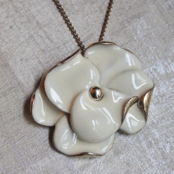 Vintage Cream White Enamel Flower Pendant -16 inch Chain -Bridal Jewelry-c 1960s