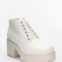 Urban Outfitters - Vagabond Dion Lace-Up Ankle Boot