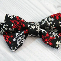 Boys Holiday Christmas Snowflake Bow Tie. Red, White and Silver Snow Flakes on Black. Various Sizes