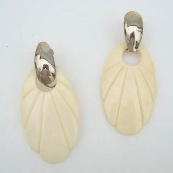 Shell Shaped Bone Dangle Earrings Off White Convertible Leverbacks Vintage Jewelry