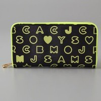 Marc by Marc Jacobs Eazy Vertical Zippy Wallet