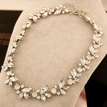 Bohemian Style Luxury Crystal Flower Choker Bib Necklace For Wedding Party