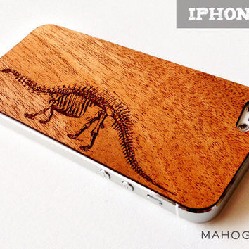 Brontosaurus Etching on Real Wood iPhone 5 Skin Cover