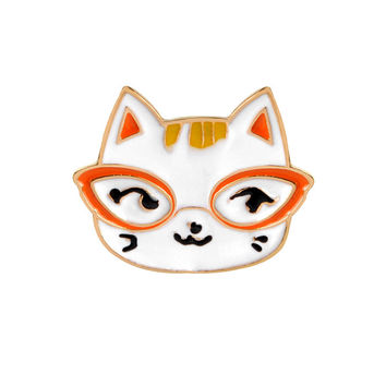 White Glasses Cat Head Brooch Enamel Pin Women Kid Fashion Cartoon Animal Button Pins Shirt Denim Jacket Badge Jewelry