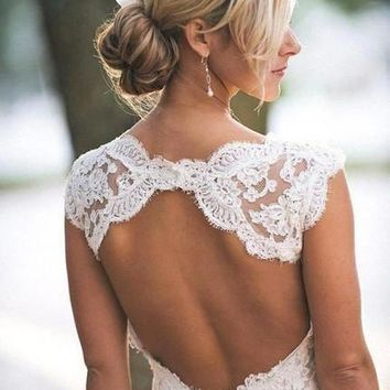 Full Lace Wedding Dresses Country Style Pluging V-neck Cap Sleeves Keyhole Back A Line Vintage Custom Made Bridal Gowns Vestios