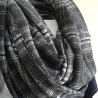 Men's Plaid Scarf / Women's Scarves /Unisex plaid Scarves/Gray Plaid Infinity Scarf/Grey Plaid Infinity Scarf/Infinity Scarf/Loop scarf