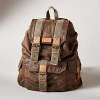 De Facto Backpack