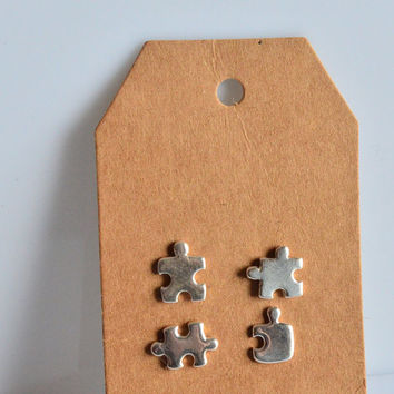 Puzzle earrings, 925 silver earrings, puzzle piece, puzzle silver,tiny stud earrings, light earring, small earring, handmade, made in Italy