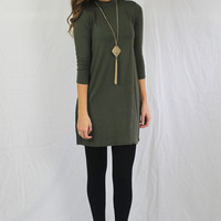 OLIVE GREEN TURTLENECK SWING