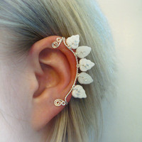 Galadriel Ear Cuff  elvish Tolkien white leaf leaves silver wire glass bead