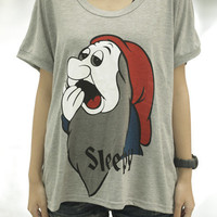 Grey SLEEPY Dwarf Print Cotton Short Sleeve T-shirt - Sheinside.com